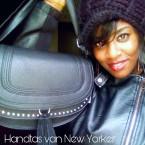 Review: Handtas- New Yorker°