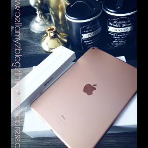 My New Apple Ipad Air 2019 for my Digital Art|written in English & Dutch