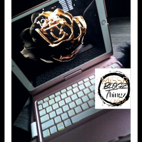 Apple 360 iPad Keyboard Rose Gold Case F180 F360 Musthave Alert|Written in English & Dutch